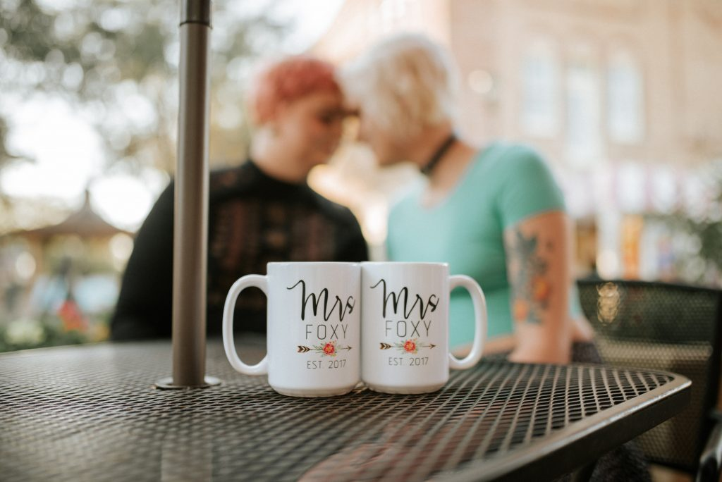 Mrs and Mrs Personalized Gift Set